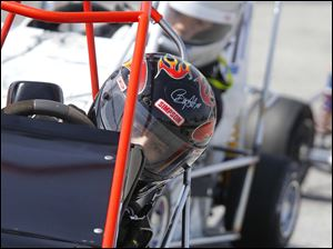 Jacob Staten, 11, Shelby Township, Mich., has his eyes on the road during a light world formula heat race.