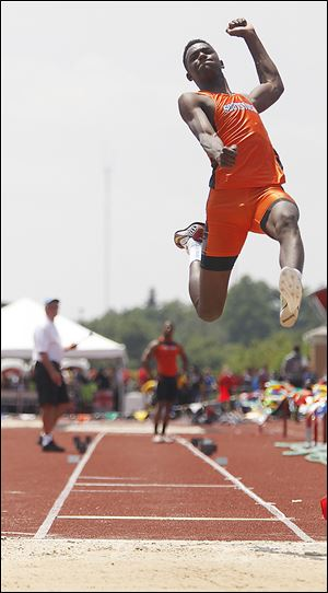 Southview's J.J. Pinckney took third in the long jump with a leap of 23-feet, 0.25 inches. He also was seventh in the 400-meter dash with a time of 48.76.