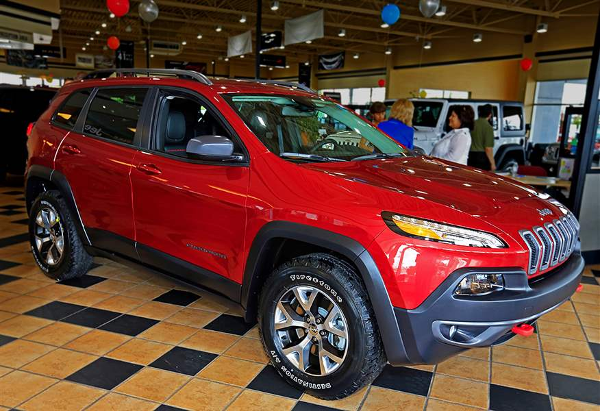 2014-Cherokee-pricing-Charlie-s-Dodge