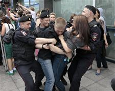 Russia-Gay-Rights-7