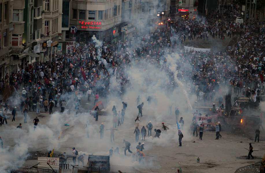 Turkey-Protests-GAS