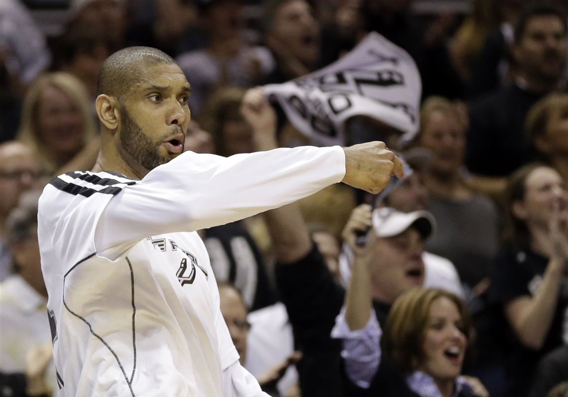 Hot Shooting By Danny Green Gary Neal Lift Spurs To 2 1 Series Lead Over Heat The Blade