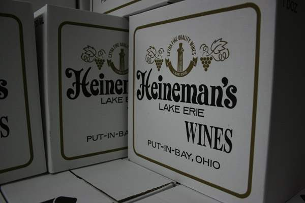 BIZ-wineries16p-boxes