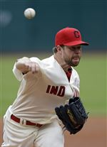 Corey-Kluber-leads-Indians-over-Nationals