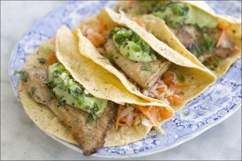 Putting a healthy spin on the popular fish taco toledo blade for Healthy fish tacos