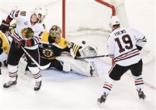 Stanley-Cup-Blackhawks-Bruins-Hockey-TOWES-VS-RASK