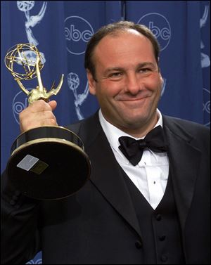 "Actor James Gandolfini with his award for outstanding lead in a drama series for his work in ""The Sopranos"" at the 52nd Annual Primetime Emmy Awards in Los Angeles in 2000."