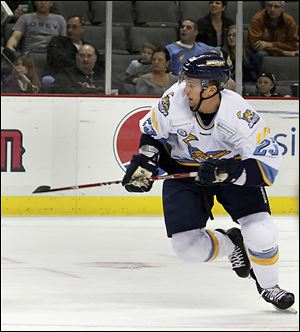 Former Walleye player Luke Glendening in action against the South Carolina Stingrays.