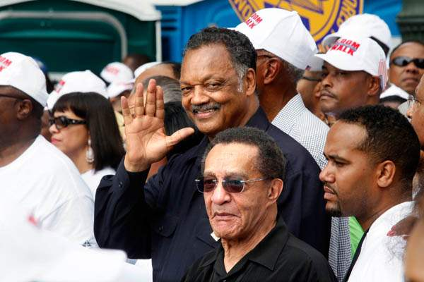 The-Rev-Jesse-Jackson-waves-to
