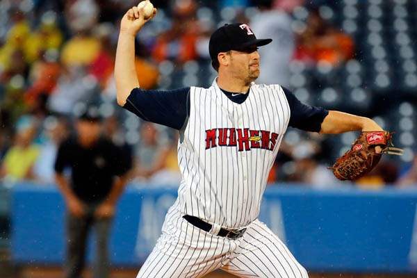 Toledo-Mud-Hens-pitcher-Robb