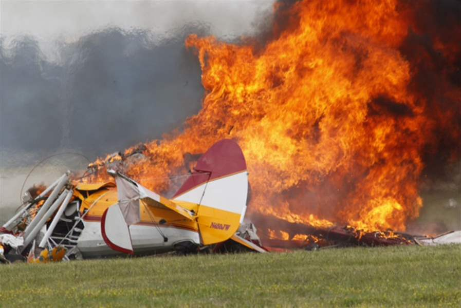 Air-Show-Crash-2