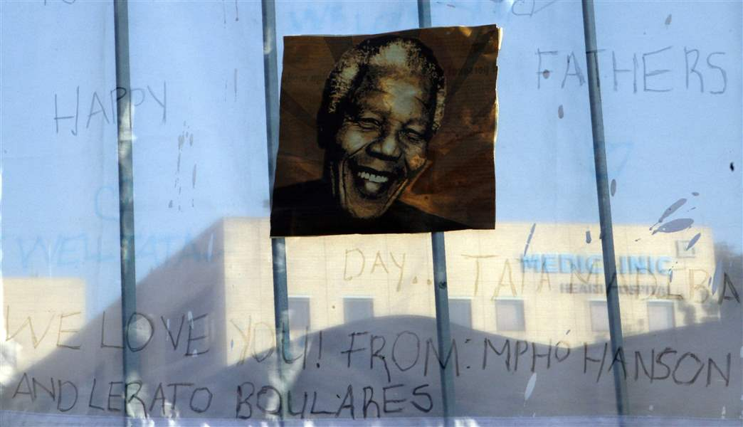 APTOPIX-South-Africa-Mandela-2
