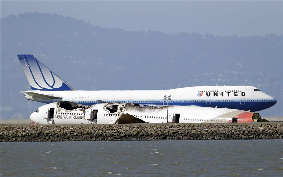 San-Francisco-Airliner-Crash-36