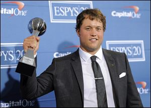 Detroit Lions' Matthew Stafford entertains 3-year, $43 million contract extension.