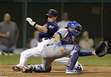 Cleveland-Indians-Asdrubal-Cabrera-slides-past-To