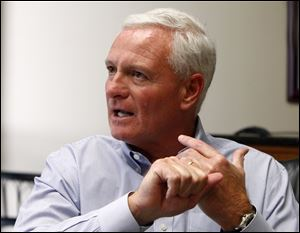 An FBI investigation of alleged fraud by the sales staff at the nation's largest diesel retailer has brought increased scrutiny and raised more questions about links between the governor and Pilot, owned by Browns owner Jimmy Haslam, above.