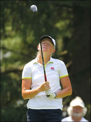 Stacy Lewis doesn't like her tee shot on 17.