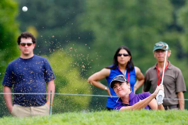 Alison-Walshe-hits-out-of-the-bunker-on-4