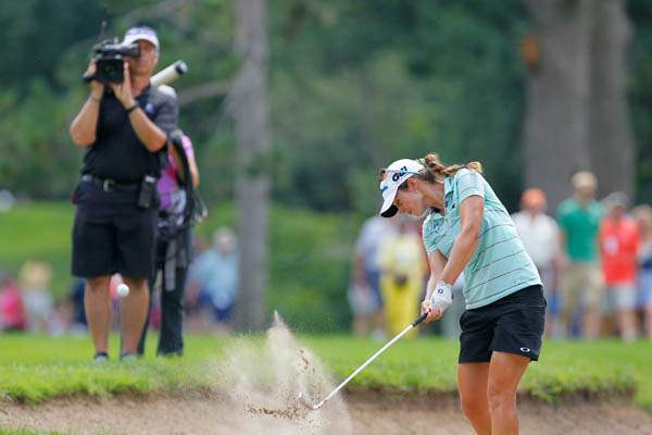 Beatriz-Recari-hits-from-a-fairway-bunker-on-15