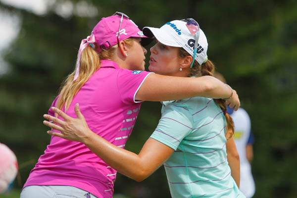 Paula-Creamer-left-hugs-Beatriz-Recari-after-th