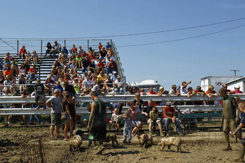 Ottawa-County-Fair-crowd