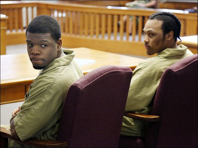 n4gang Gang members Antwaine Jones, 19, left, and Keshawn Jennings, 21, are sentenced in Lucas County Common Pleas Court for the shooting death of toddler Keondra Hooks at Moody Manor.