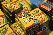 Back-to-school-shopping-Crayons