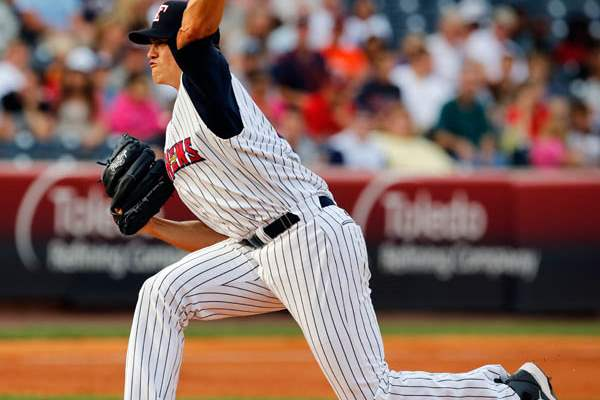 Toledo-Mud-Hens-pitcher-Kyle-Lobstein-thro