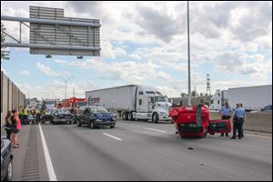 The accident on I-75 was initially reported at about 4:30 p.m.