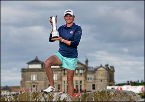 Stacy Lewis shot a 72 in the final round for a two-shot victory at the Women's British Open, her second major title.