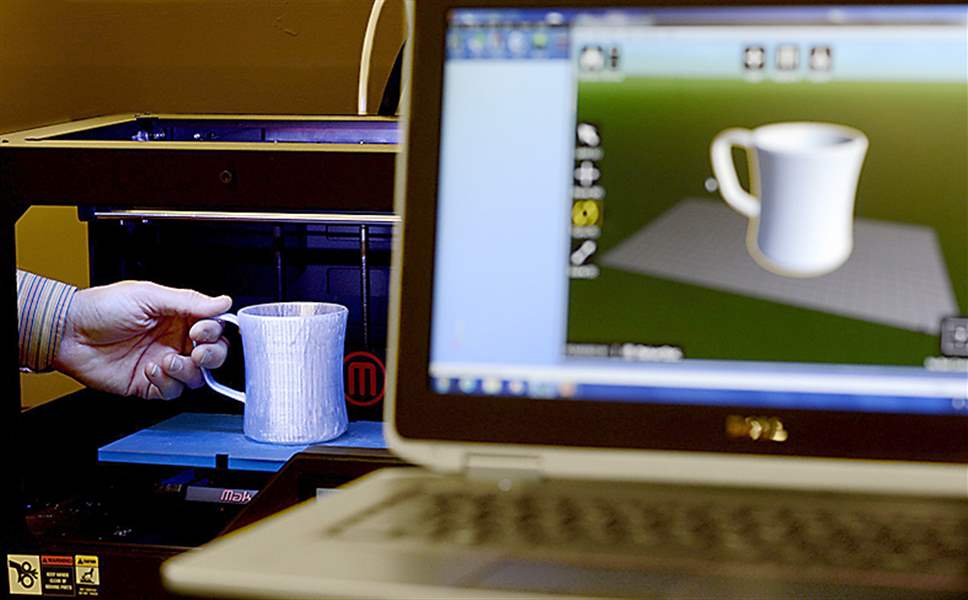 3-D-printer-coffee-mug-Hallmark