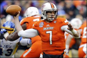 Bowling Green quarterback Matt Schilz looks to pass in the Military Bowl at RFK Stadium against San Jose State. The fifth-year senior has started 32 consecutive games for the Falcons, but has yet to win the job going into the Aug. 29 opener against Tulsa.