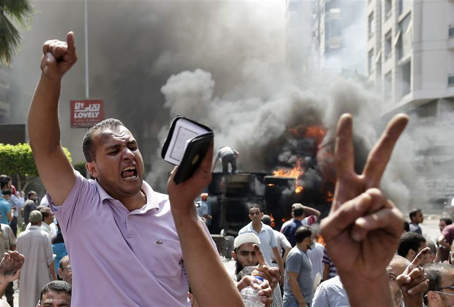 Mideast-Egypt-MORSI-CHANTS