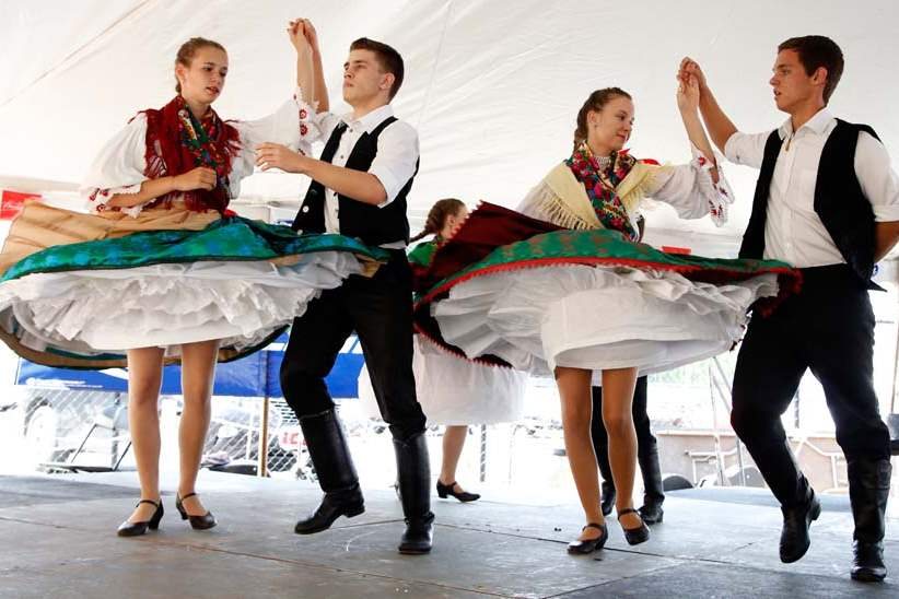 CTY-mayorfest17p-Hungarian-Kossuth-Dancers