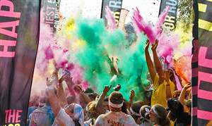 CTY-colorrun18p-dust-cloud
