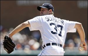 Detroit Tigers pitcher Max Scherzer (18-1) gave up two runs on five hits over eight innings Sunday during a 6-3 win against Kansas City. Scherzer and Roger Clemens are the pitchers since 1919 to have 18 wins in their first 19 decisions, STATS said.