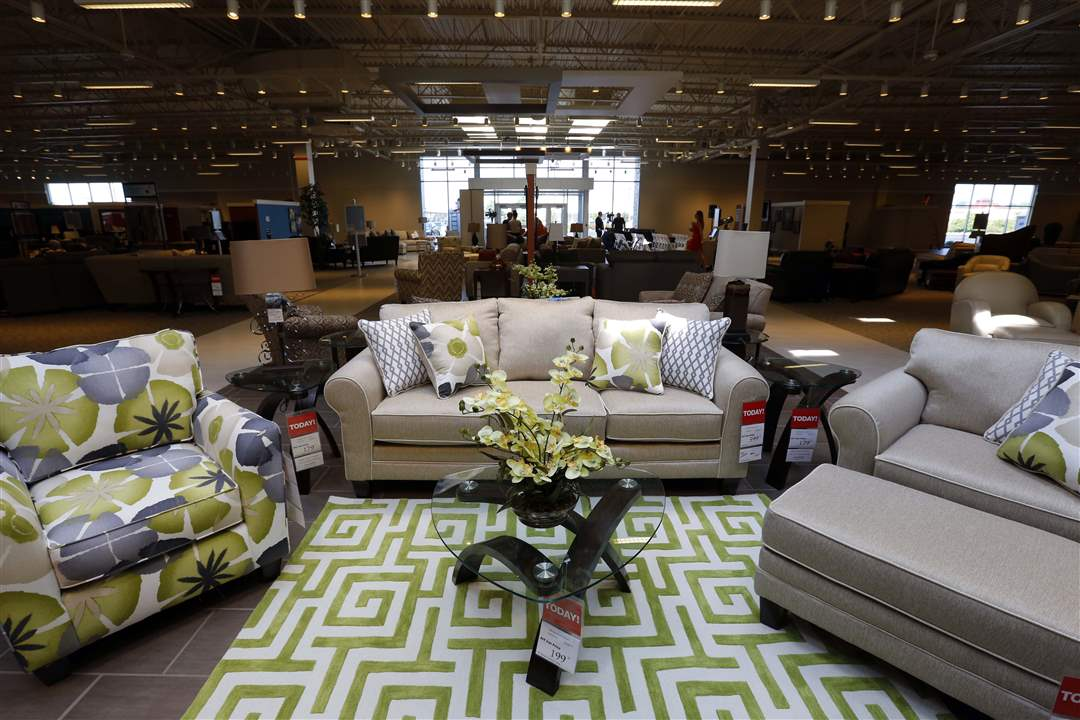 Art Van Furniture Debuts New Store
