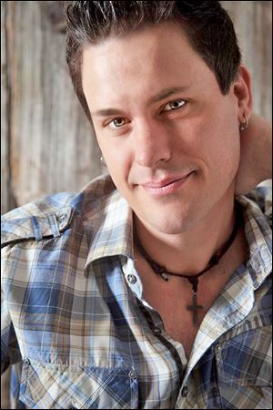 Country performer David Shelby will play Friday and Saturday at T & J's SmokeHouse in Put-In-Bay.