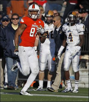 Chris Gallon, a sophomore, led Bowling Green receivers last season in catches (52), yardage (720), and touchdowns (6).