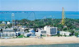 CEDAR-POINT-AMUSEMENT-PARK-RESORT-EASY-PAY-1