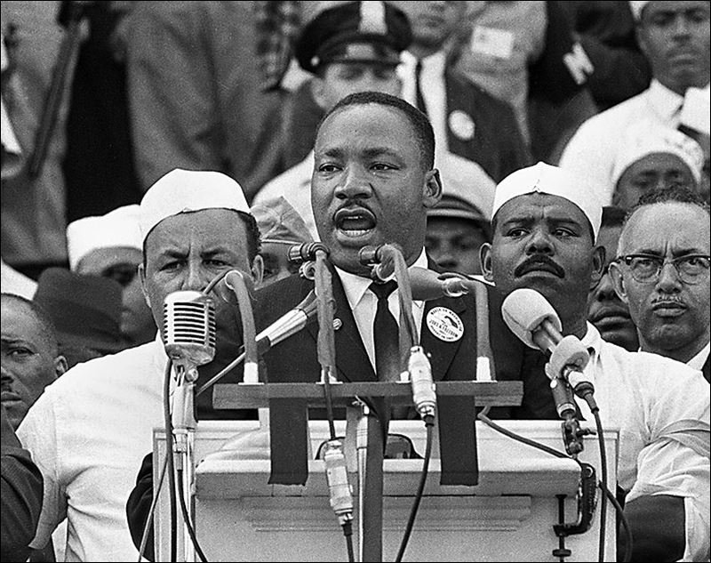 What is a good thesis statement for martin luther king jr?