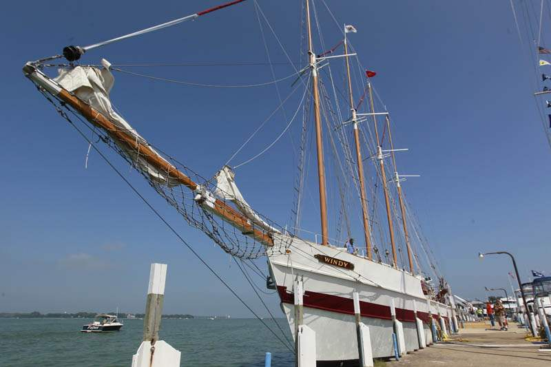 Tall-ships-docked-Windy