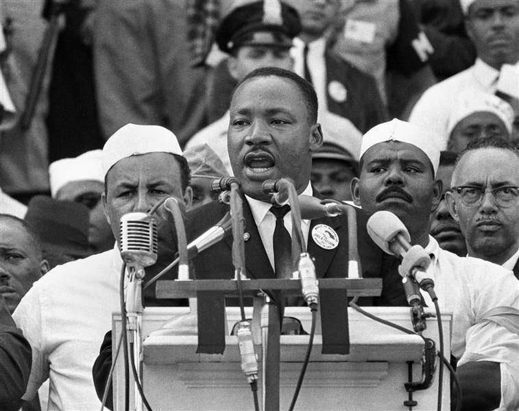 Dr-Martin-Luther-King-Jr-head-of-the-South