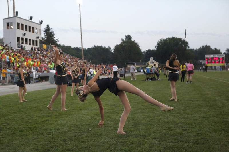 Wildcats-Eagles-Northview-Majorettes