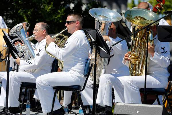 The-Navy-Great-Lakes-Wind-Ensemble-perf