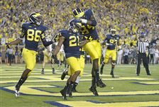 UM-UND-Jehu-Chesson-Jeremy-Gallon