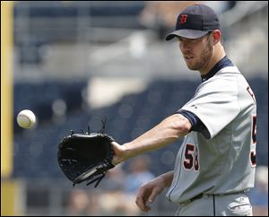 Detroit pitcher Doug Fister Fister (12-8) allowed five runs on eight hits in 6 1/3 innings Sunday as the Tigers lost for the second time in three days to the Royals in Kansas City.