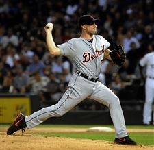 Detroit-Tigers-Max-Sherzer-pitches-in-the-first-inning