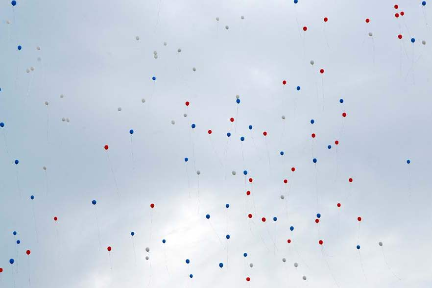 CTY-remember12p-balloons