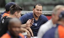 Tigers-shortstop-Jhonny-Peralta-worked
